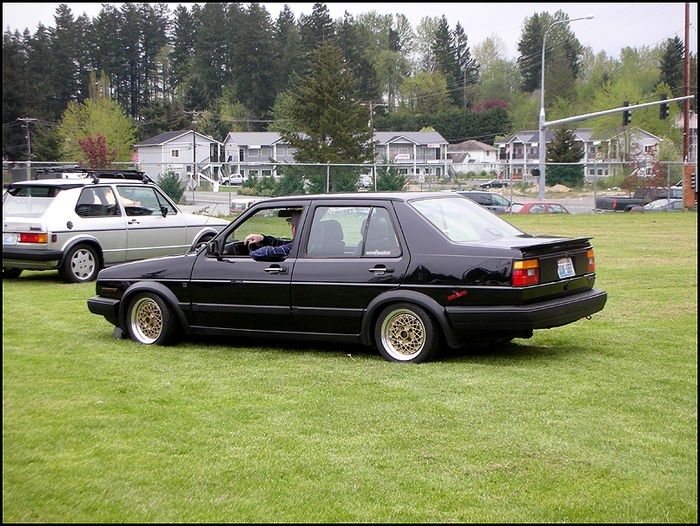 W124 owners what else do you have in your driveway for Mercedes benz repair forum
